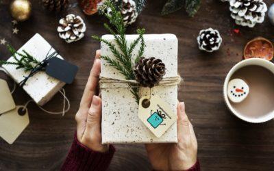Sorprender siendo original: Ventajas de realizar un regalo personalizado