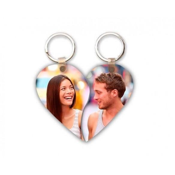 Llavero de madera corazón pareja personalizado